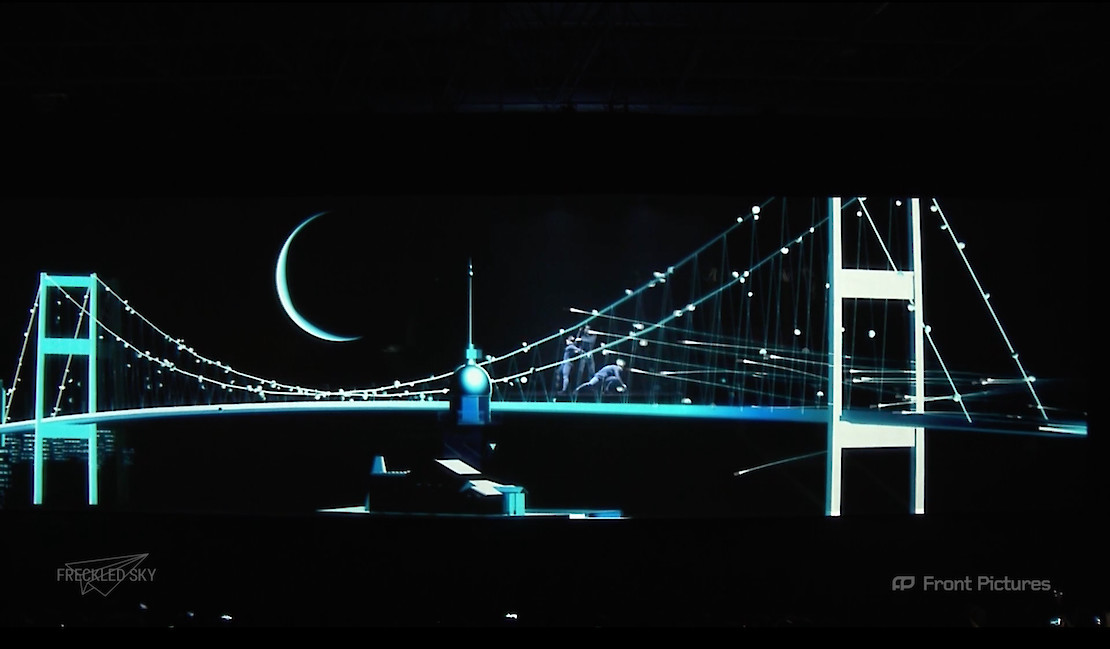 Screenberry powers holographic projection at the Mercedes-Benz Bus Reveal Show